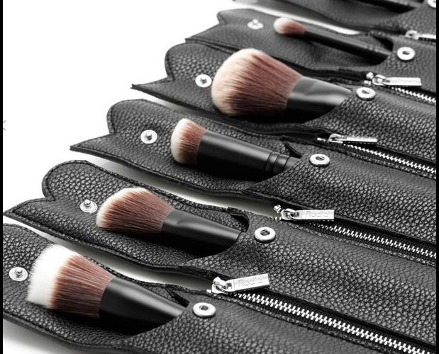 rodial-the-full-brush-set