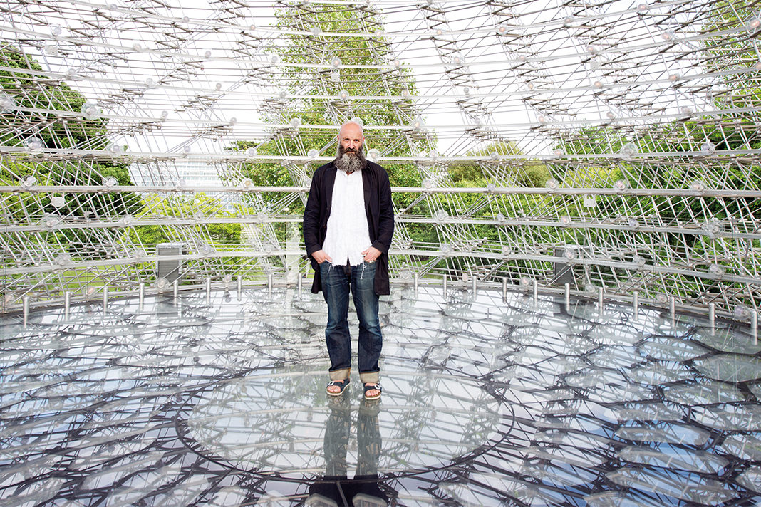 Absolutely goes to The Hive: an Interview with Wolfgang Buttress at Kew Gardens