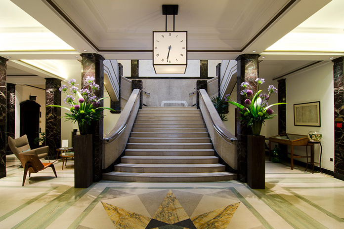 Absolutely Visits: Town Hall Hotel