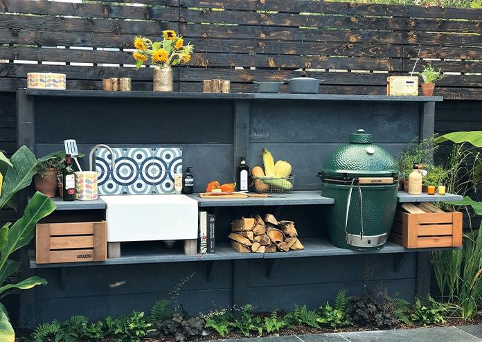 Big Green Egg - best outdoor ovens